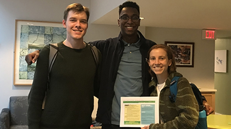 Three Dartmouth Energy Alliance students